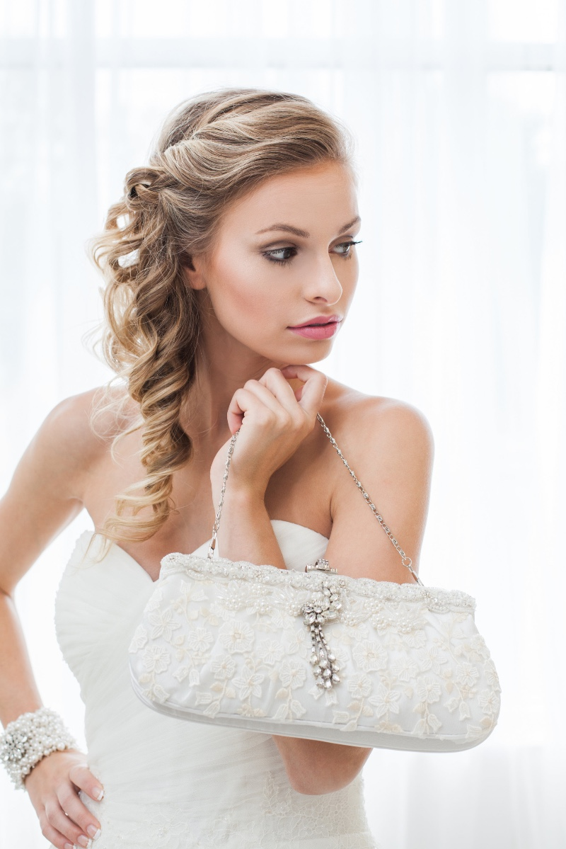 Perfect bridal clutch for the chic glam bride.