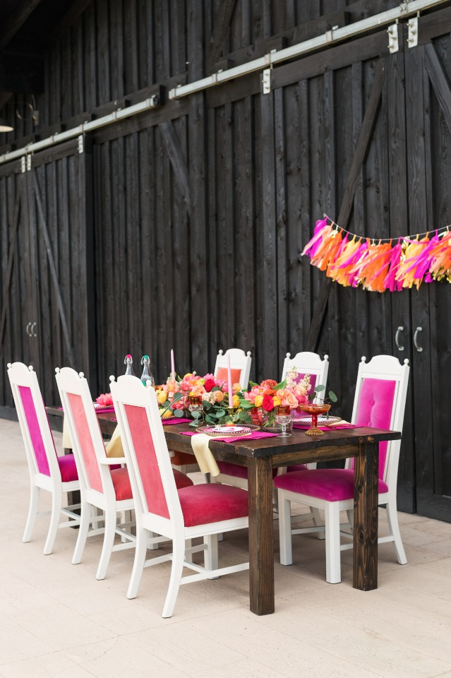 Love these pink velvet chairs!