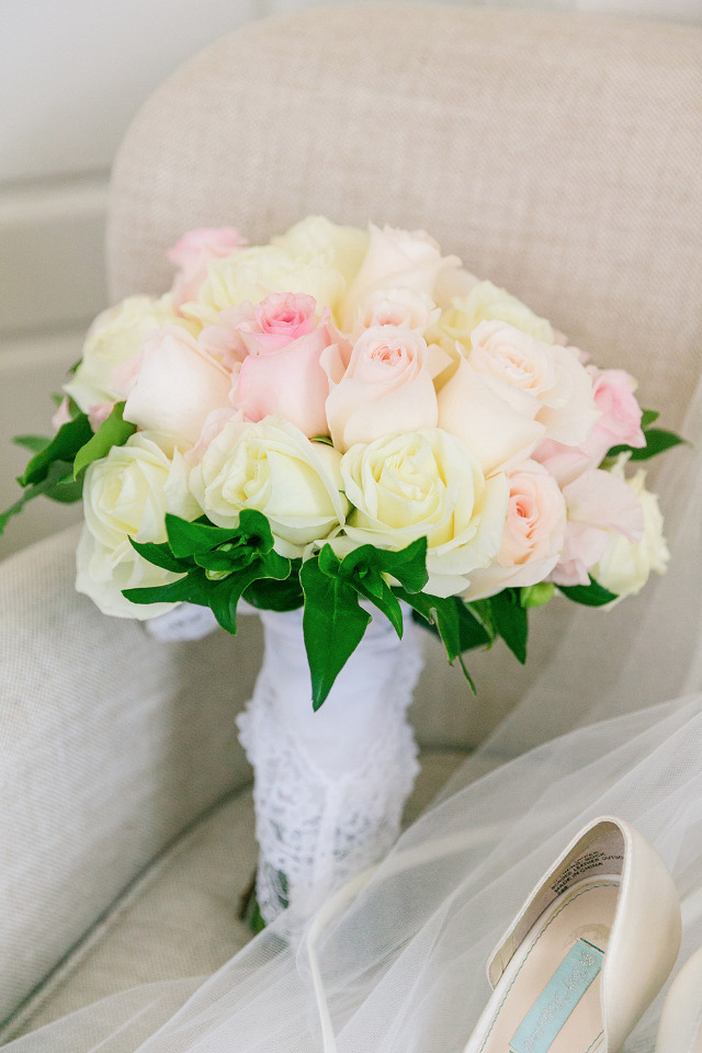 ivory and blush rose wedding bouquet