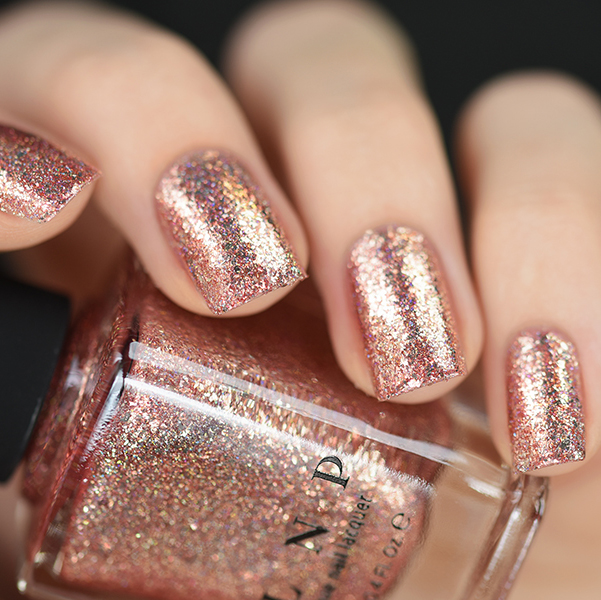 rose gold glitter nails