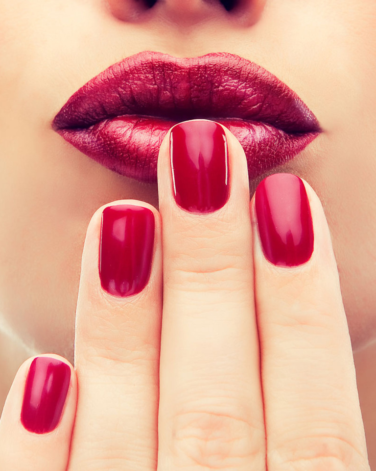 blood red lip and nail look