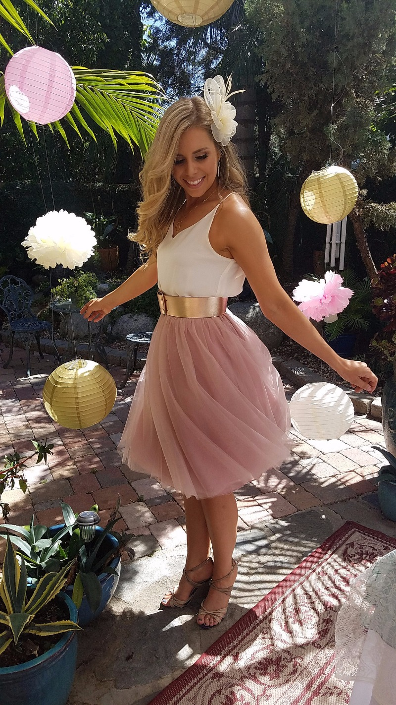 Fun + flirty in our tulle Sylvie skirt! Perfect for engagement parties or your summer bridesmaids!