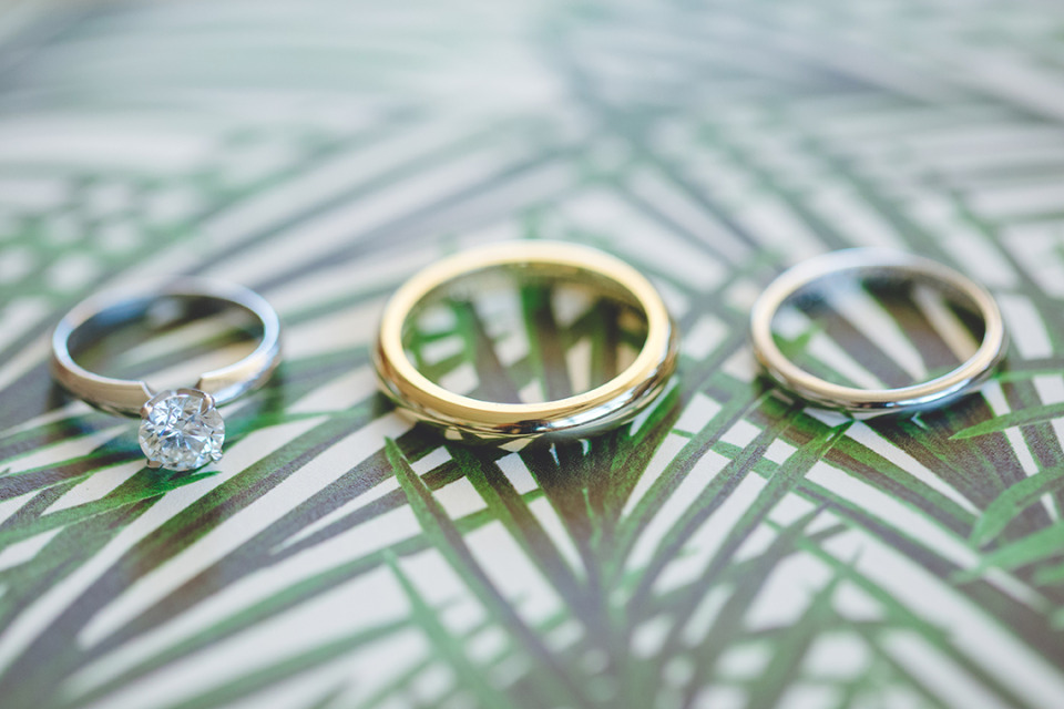silver and gold engagement rings and wedding bands