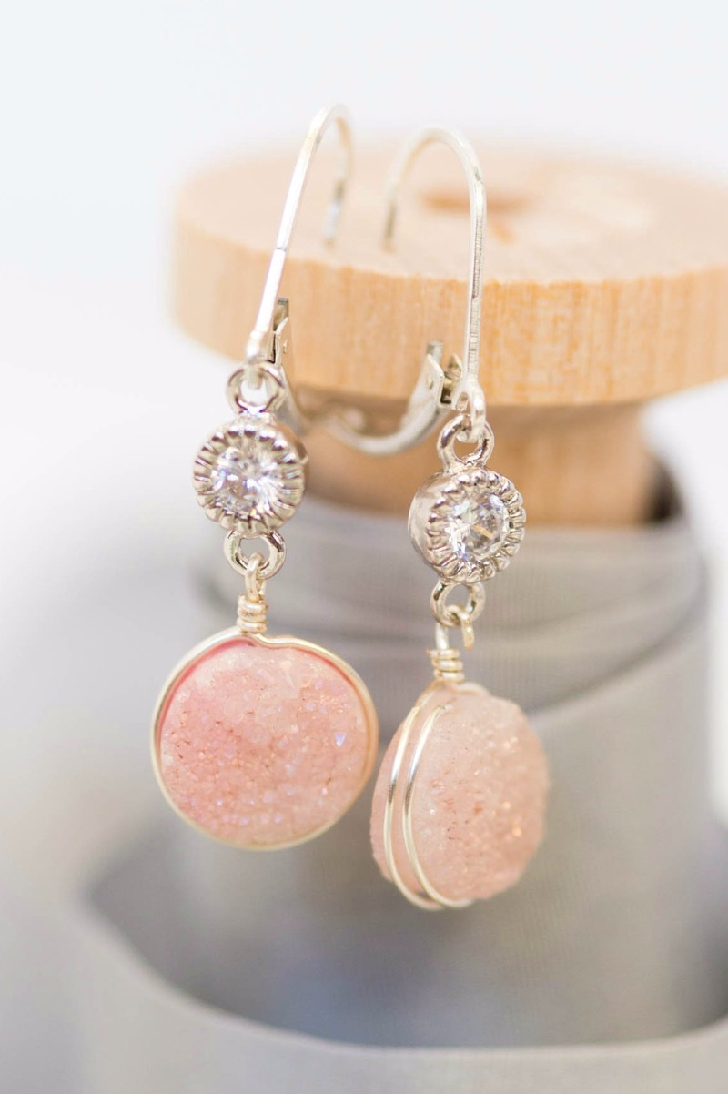 Druzy earrings make the perfect bridesmaids' gifts! Available in a variety of shades to match your wedding colors, by J'Adorn Designs