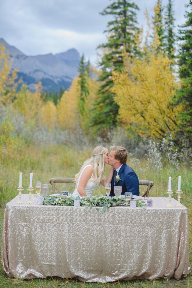 fall time sweethearts table idea