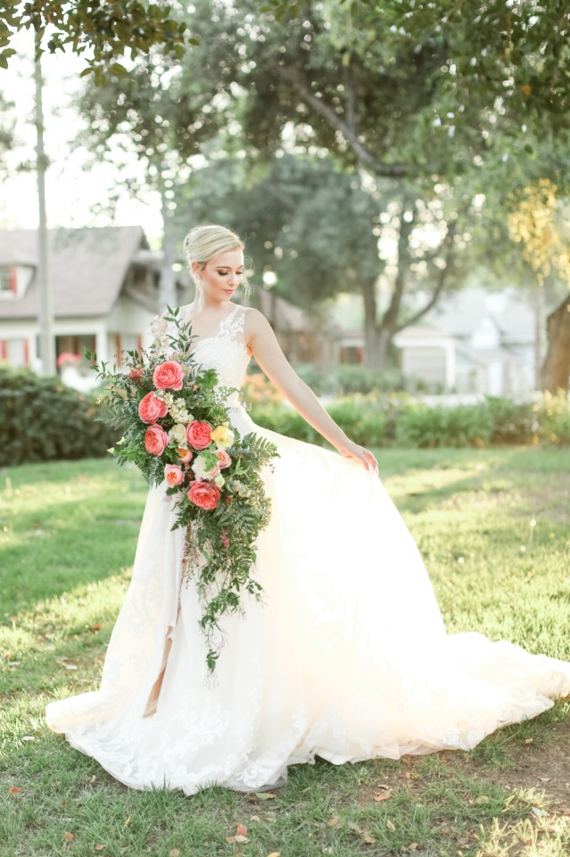 Her dress, that BOUQUET