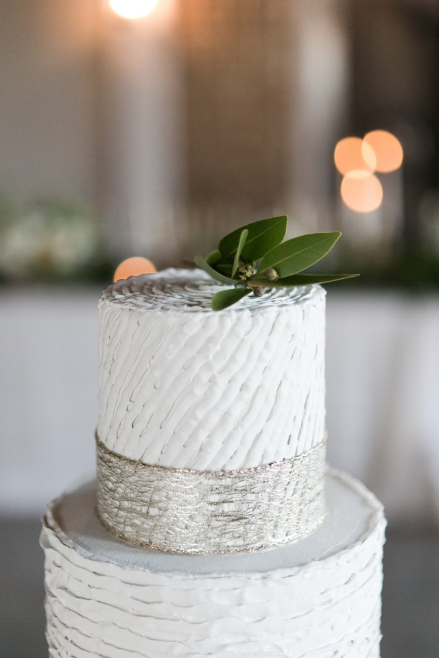 Natural cake topper