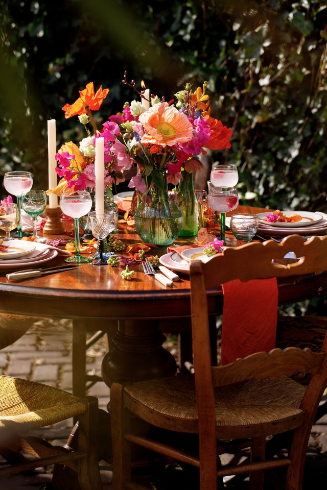 brightly colored wedding table idea for your vintage 70's wedding