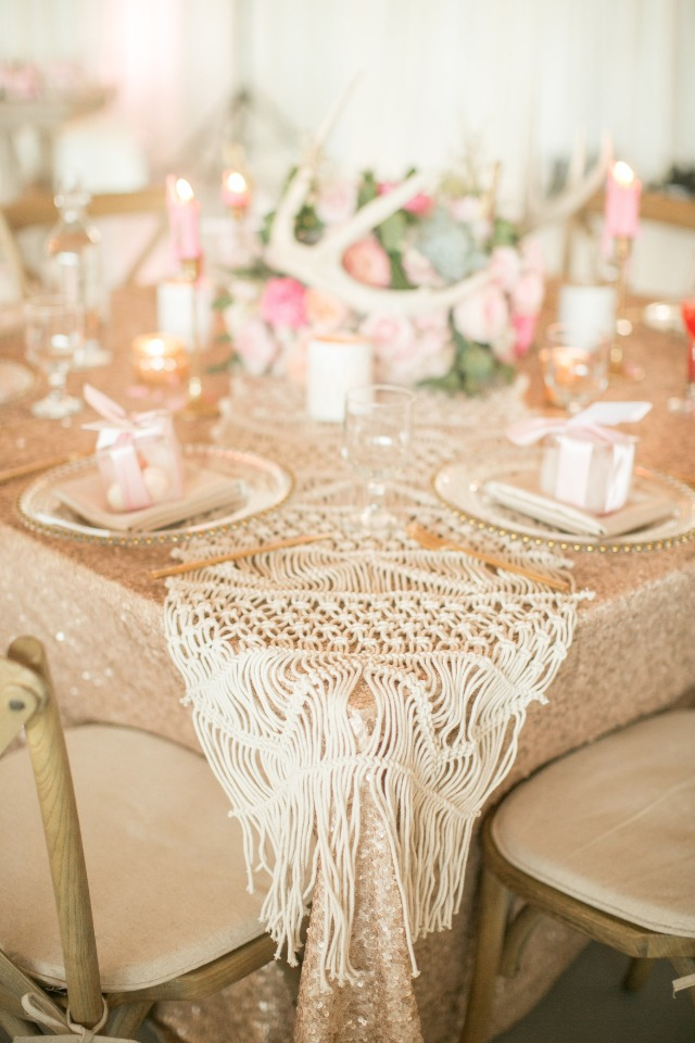 macrame table runner for your boho chic wedding reception