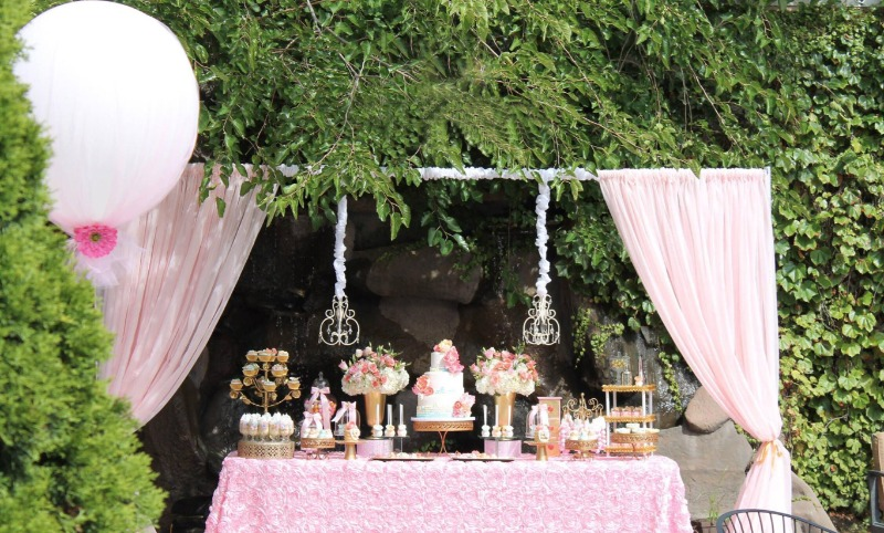 Pretty Wedding Dessert Tables