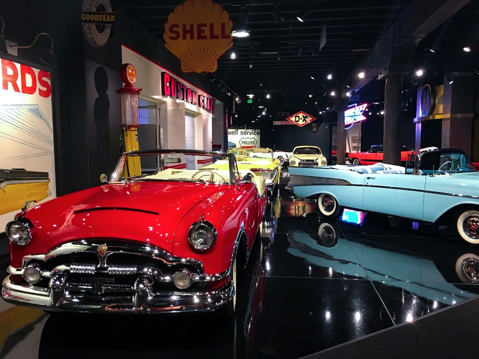 Vintage cars at the Gateway Auto Museum in Colorado
