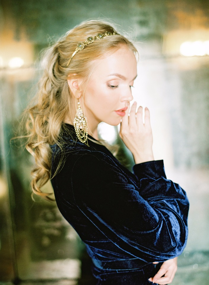 bridal hair and makeup and accessories for your wedding day