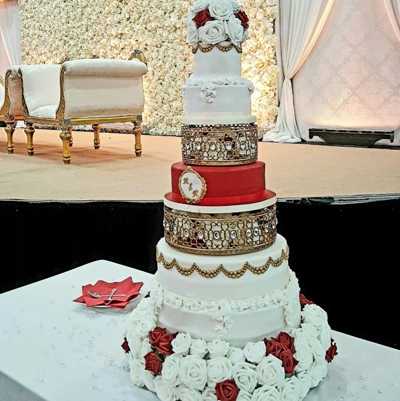 Gold Moroccan Jeweled Cake Stands create a gorgeous wedding cake tower!
