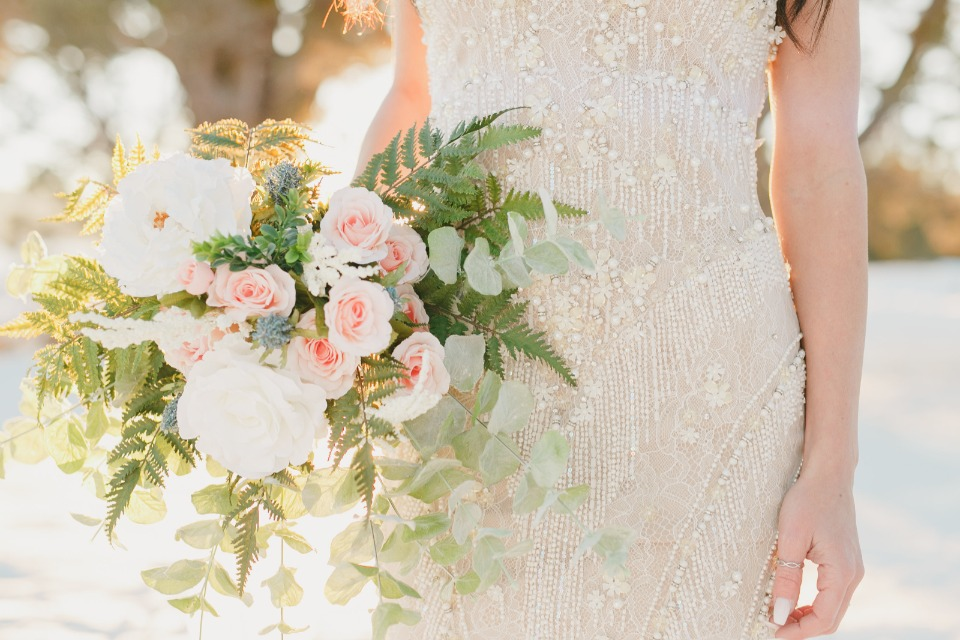 wedding flowers for your winter ceremony