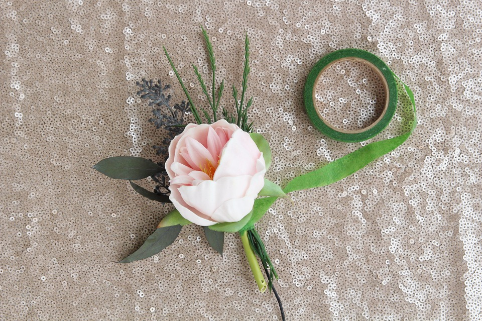 DIY boutonniere tutorial