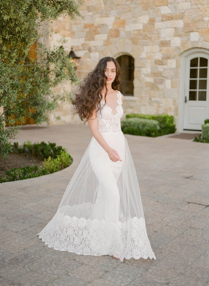 Chardonnay Claire Pettibone wedding dress