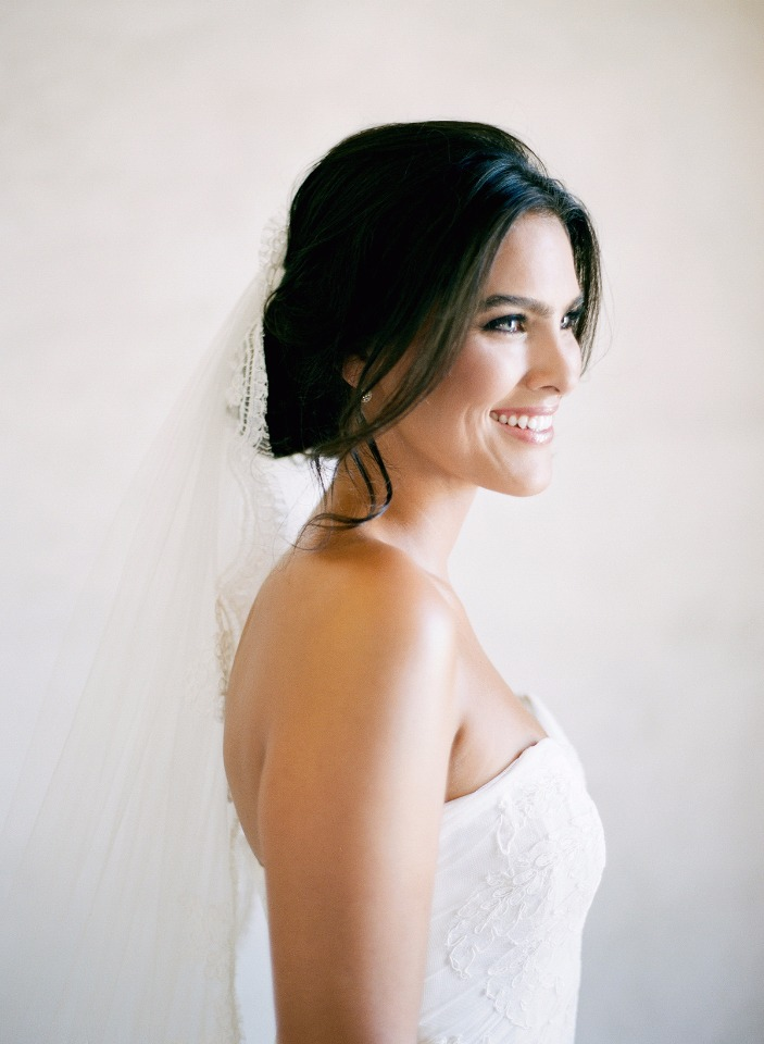 Classic and fresh wedding makeup ideas.