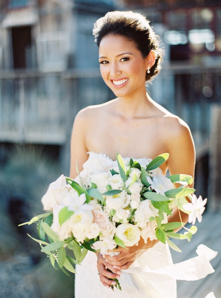 Classic wedding makeup perfect for spring and summer.