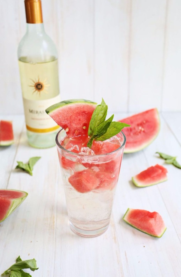 white wine melon spritzer