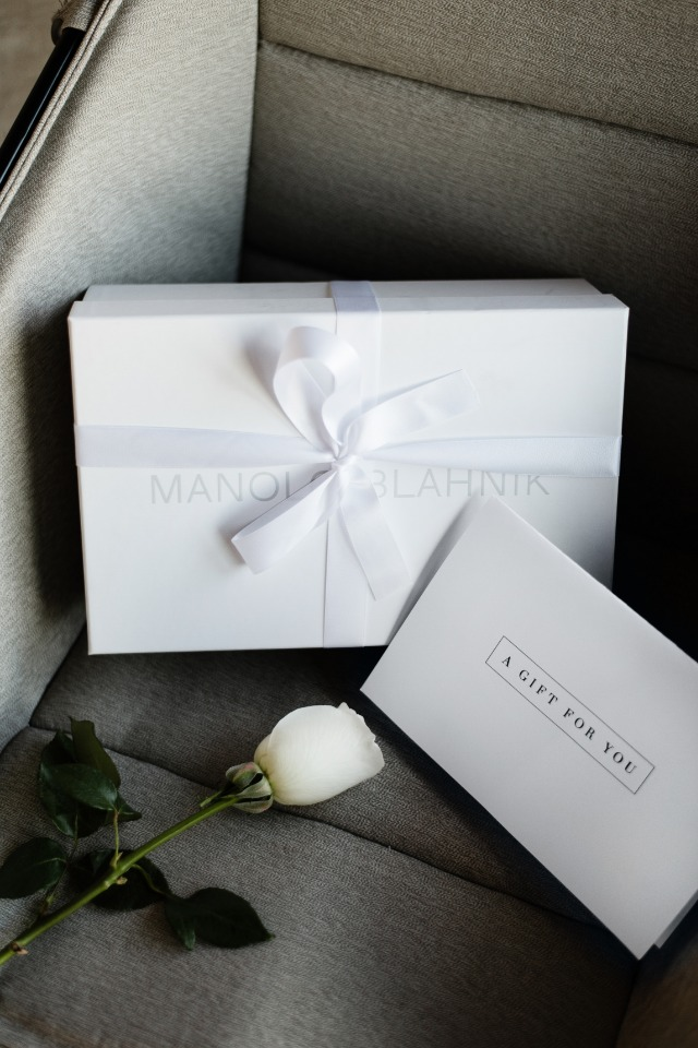Surprise gift for the future bride
