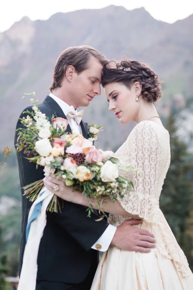 Regal French wedding ideas from Utah
