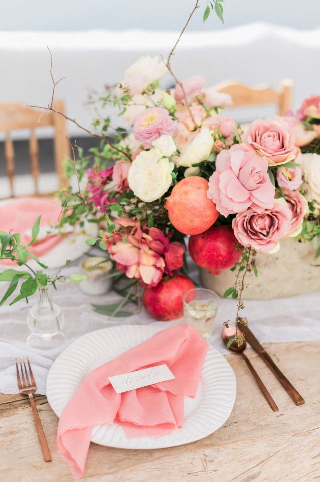 simple and beautiful table decor in copper and rose