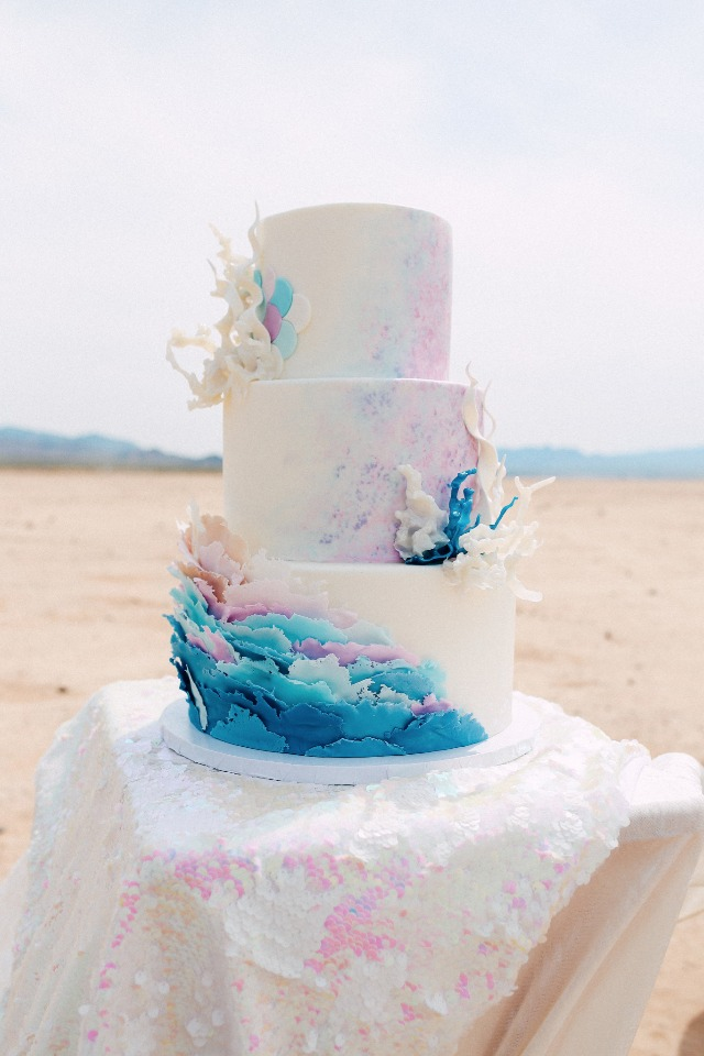 wedding cake with an ocean theme