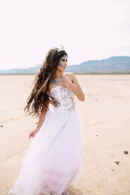 This Little Mermaid Bride Is Far From Her Ocean Home!