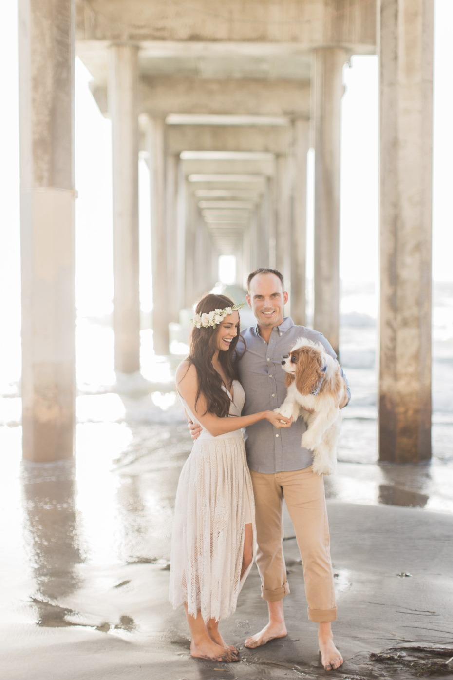La Jolla Beach engagement photographs with puppy