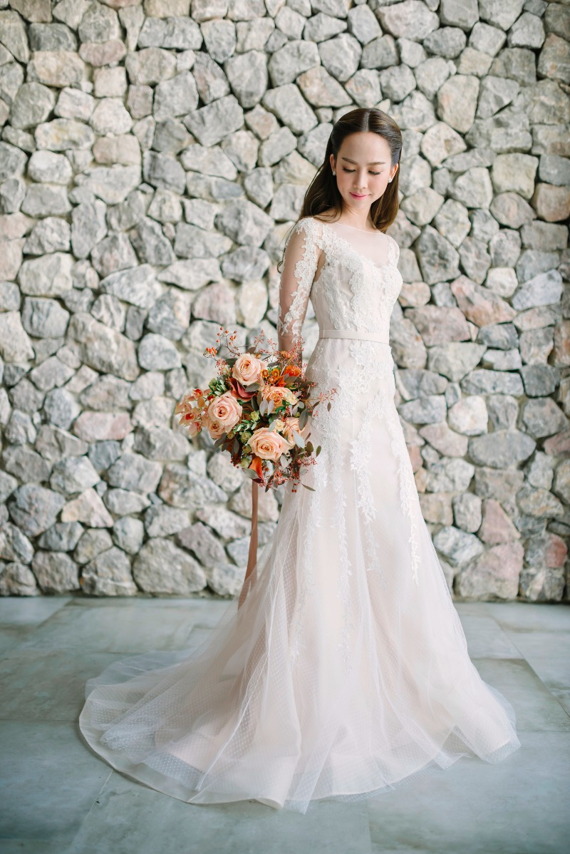 Luxury wedding planning services in Thailand, including summer royal residence area of Hua Hin from The Wedding Bliss Thailand, a leading