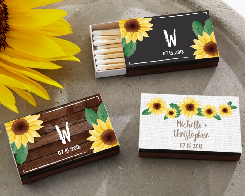 Looking for personalized wedding favors? Custom matchbooks will add the perfect finishing touch!