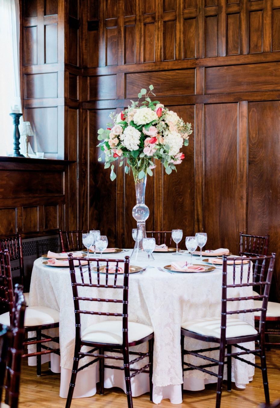 wedding table decor for your classic wedding