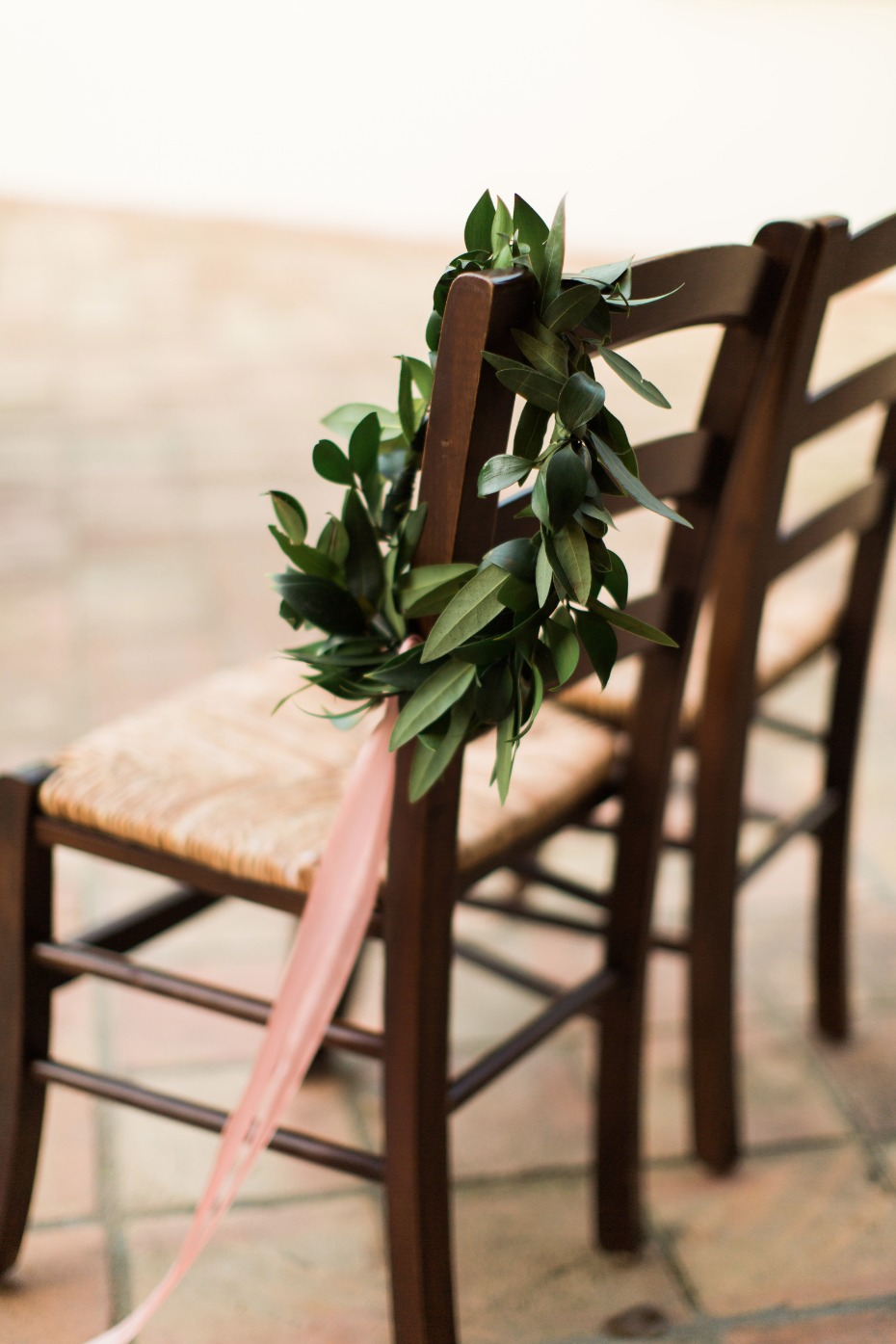 simple wedding chair decor