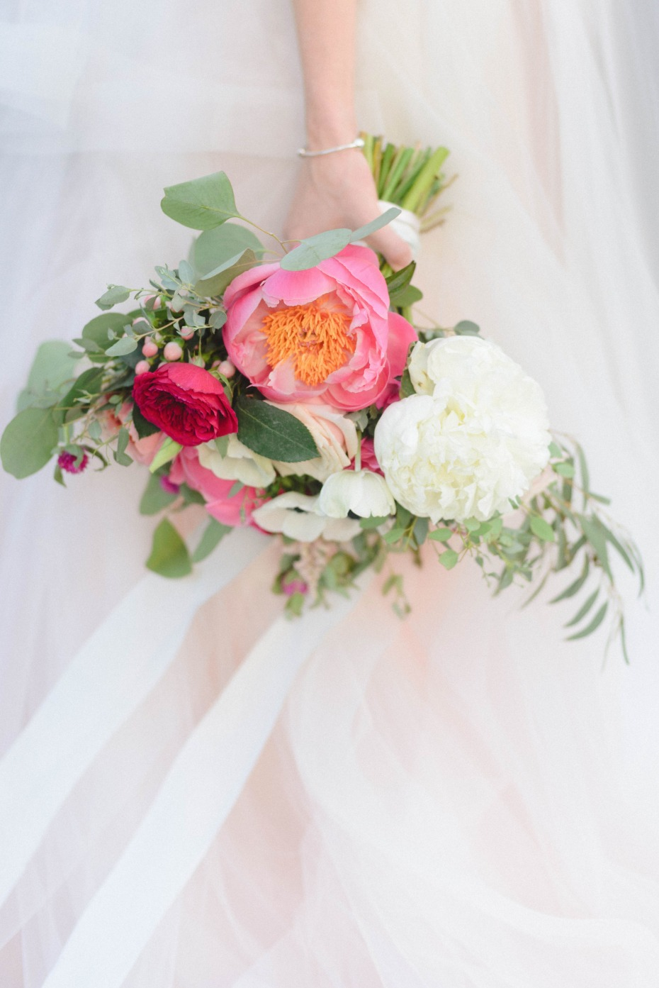 beautiful pink and white wedding bouquet