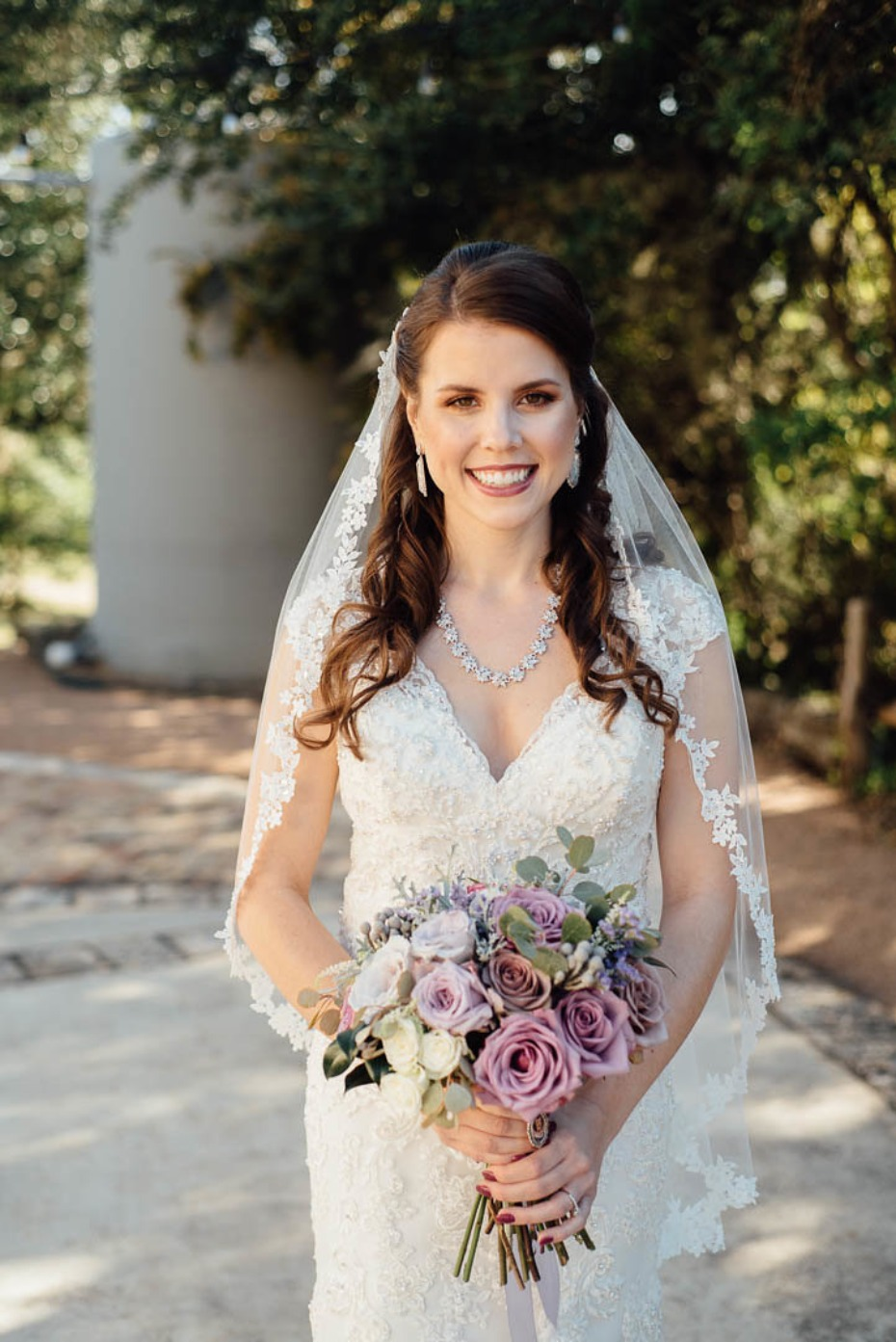 Picture perfect fall bride