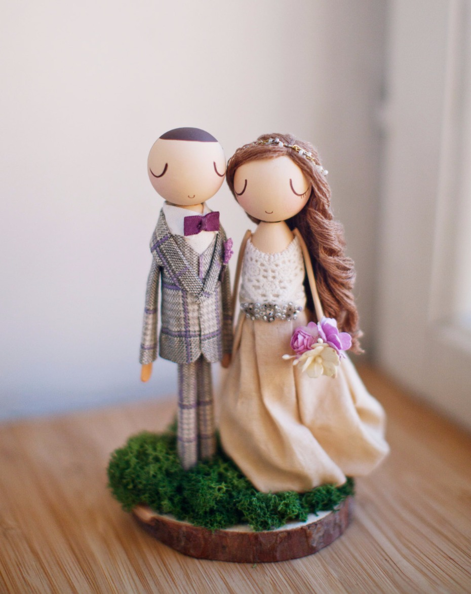 custom-wooden-cake-topper