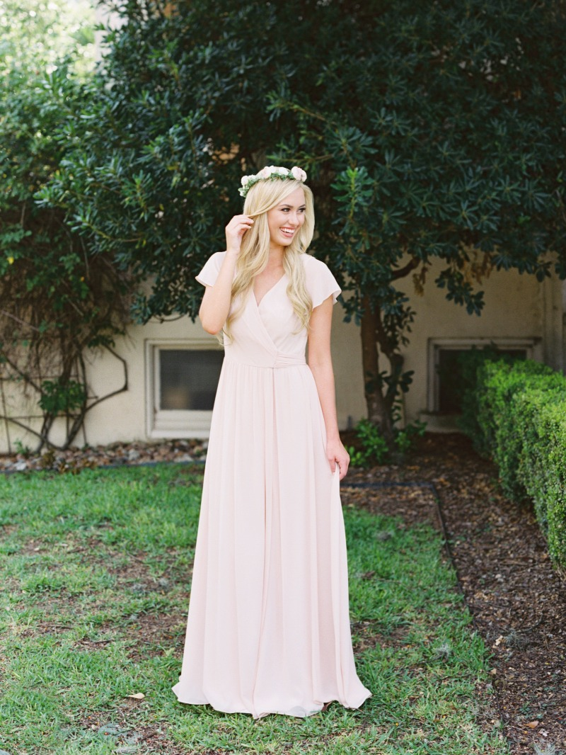 The happiest bridesmaids are the prettiest bridesmaids (especially when wearing pink).💕