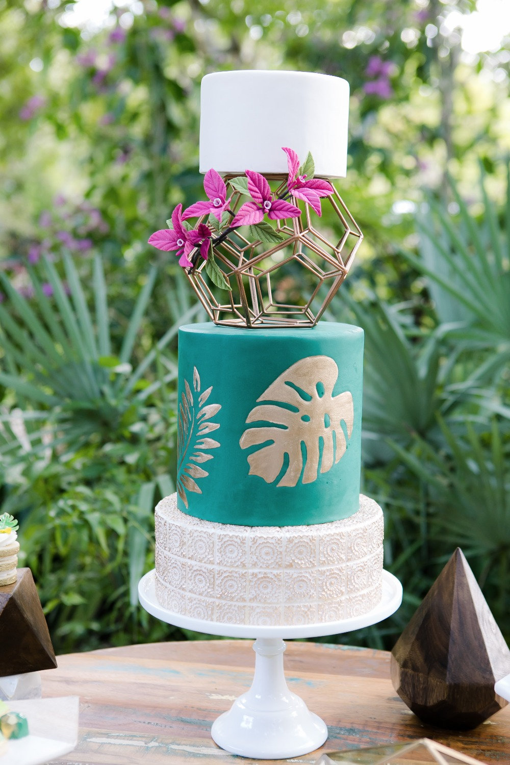 Modern Tropical wedding cake