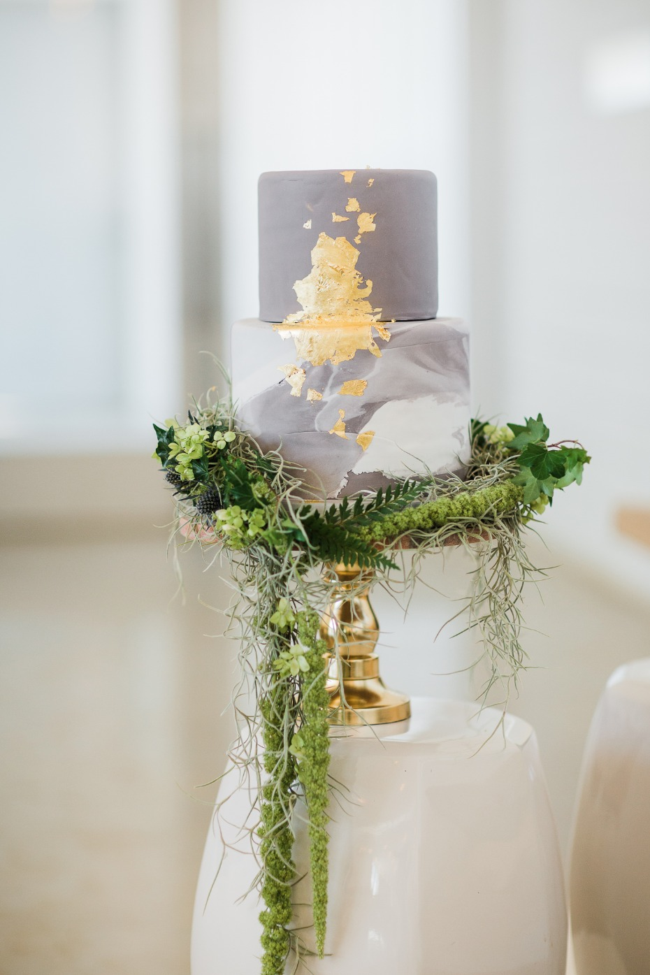 gold leaf and marbled wedding cake