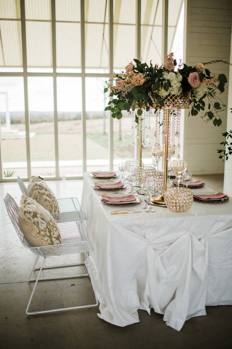 modern chic wedding table