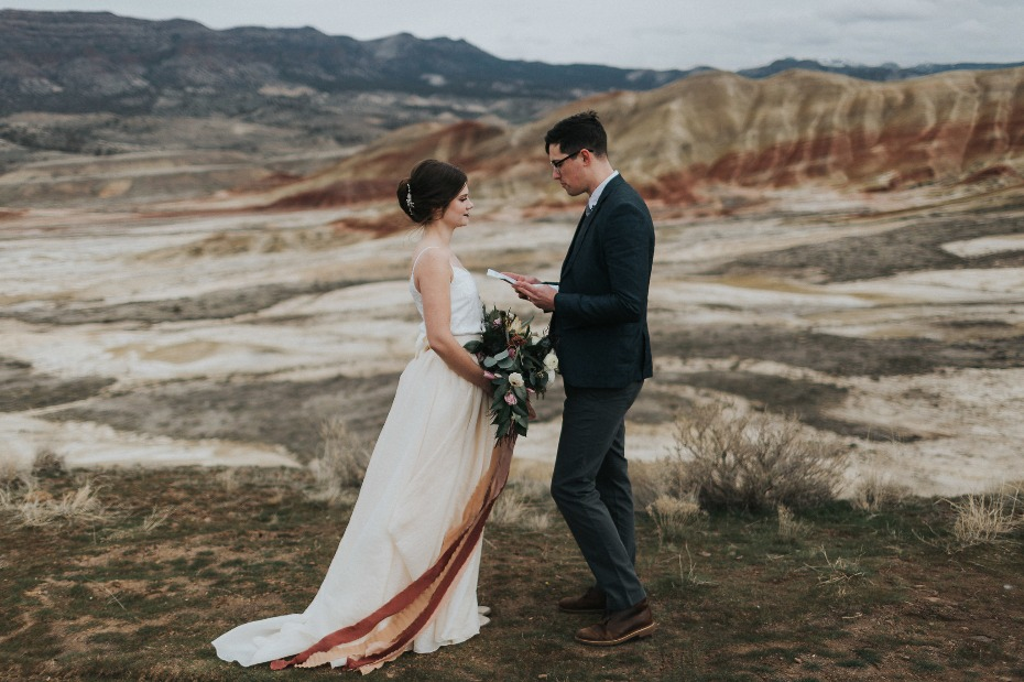 bride and groom vow renewal at the Painted Hills
