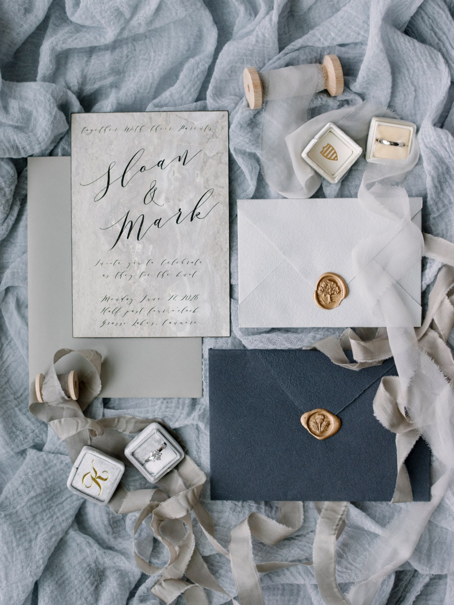 natural tones for your wedding invitations