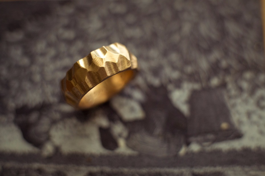 Unique and handmade wedding band for the groom from Rhodes Wedding Co.