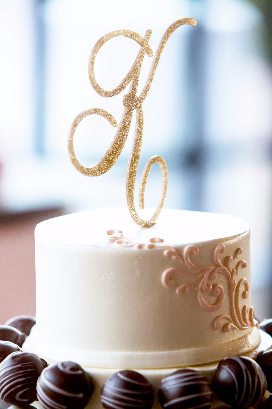 Sparkly cake topper from Z Create Designs