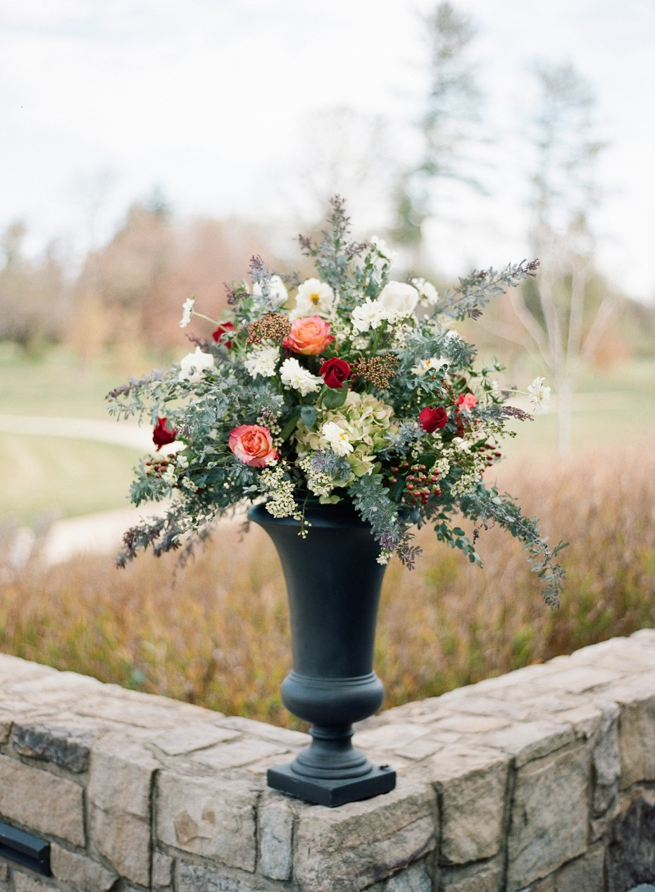 Fall wedding floral decor