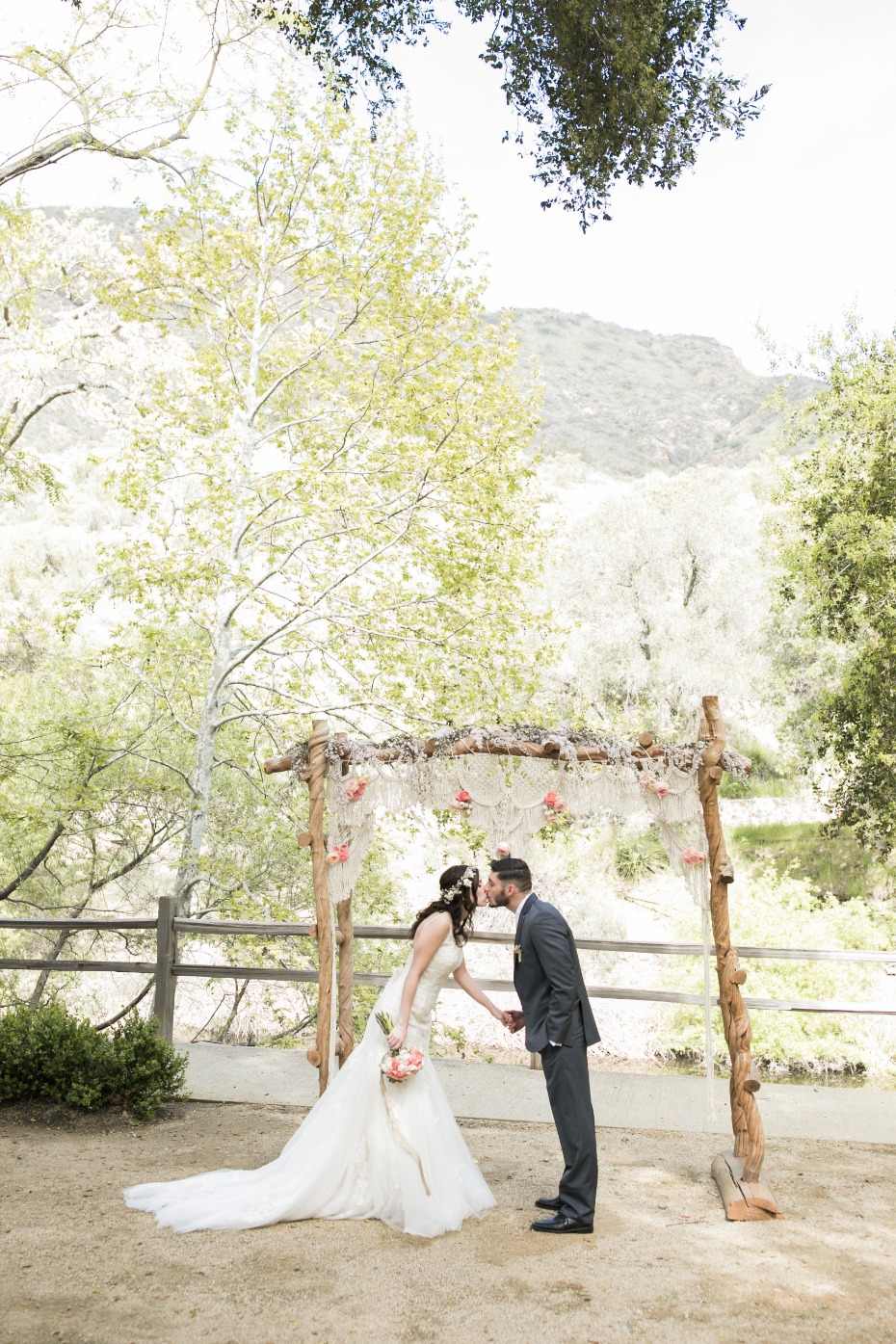 Dreamy boho ceremony