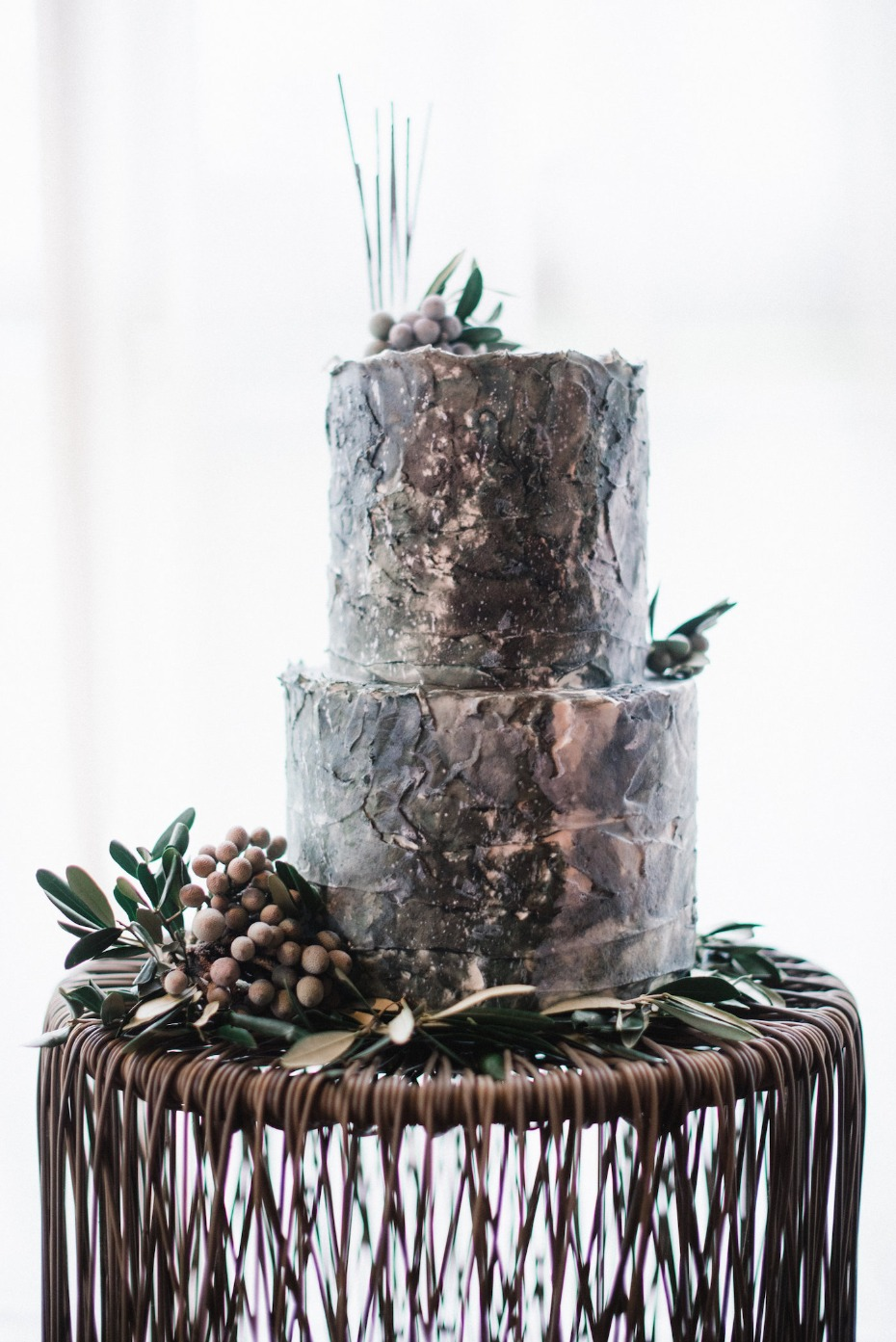 natural themed wedding cake