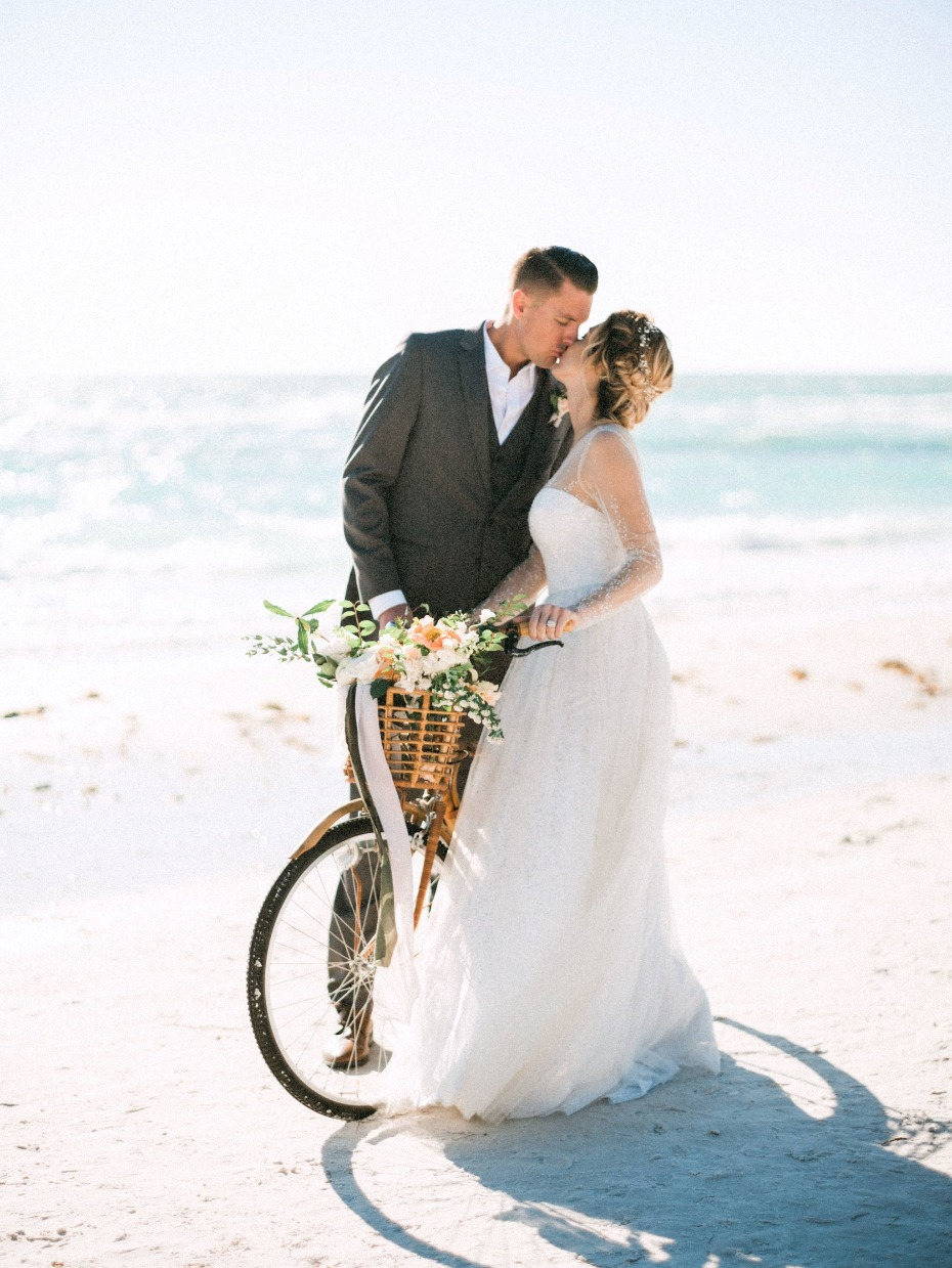 Romantic beach wedding ideas in Florida