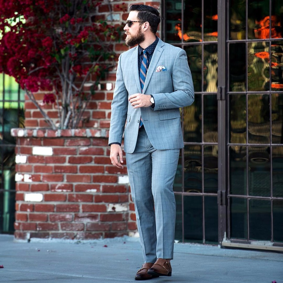 What Should A Guy Wear To A Wedding?