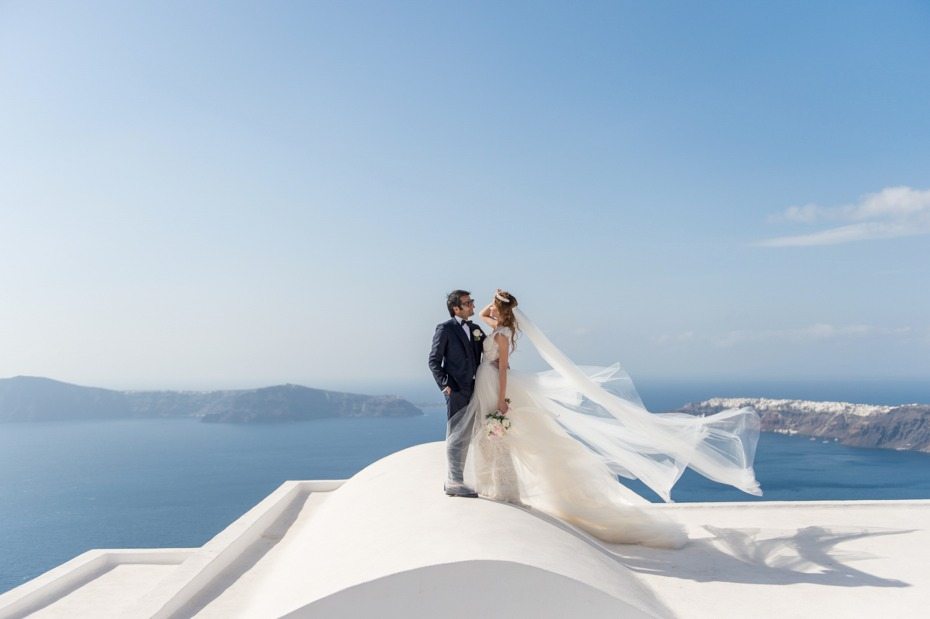 Love the view? Get married in Santorini!